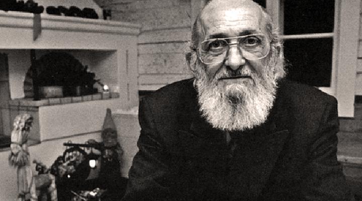 Por que o pensamento pedagógico de Paulo Freire leva à doutrinação ideológica, política e partidária?